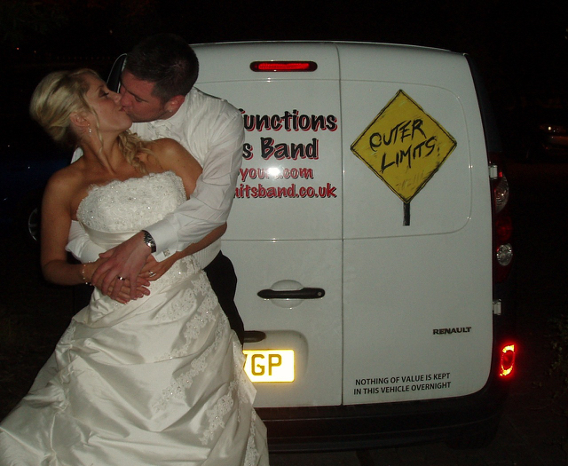The Couple & The Limitsmobile